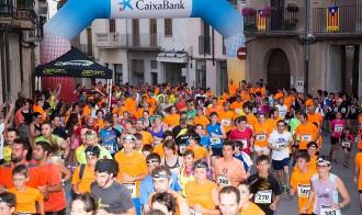 Més de 500 persones participen a la cursa nocturna la Somnàmbula