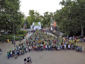 Un punter humà a Lleida per indicar el camí cap a la independència