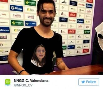 Vés a: El PP valencià frivolitza la samarreta franquista de Nuno Silva
