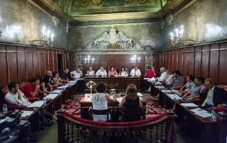 El govern de Vic aprova els sous amb el suport d'ERC