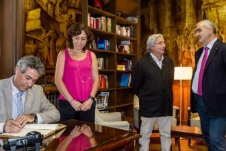 El nou conseller d'Agricultura Jordi Ciuraneta visita Vic