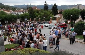 Vés a: Concentració a Òdena contra la «condemna directa» al pagès del camp on es va iniciar l'incendi