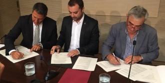 Vés a: El pacte PSC i CiU a Terrassa, signat