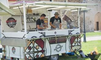 «Cocineros al volante» arriba a Cambrils amb les seves caravanes