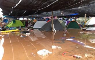 Una forta tempesta obliga a desallotjar els assistents al festival Arenal Sound