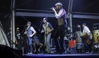 Juan Luis Guerra fa ballar el Parc del Pinaret amb els seus ritmes llatins