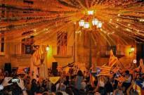 Flix acomiada la Festa Major amb un ball d'estelades