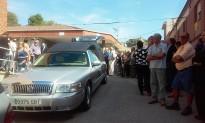 Castellbell omple l'església per acomiadar el doctor Emili Viudes