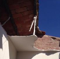 S'esfondra la teulada d'una casa a Vilanova del Vallès