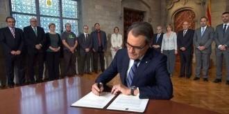 Mas signarà a les nou de la nit el decret de convocatòria del 27-S