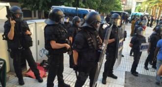 El jutge cita a declarar set Mossos que van entrar al pis de Mor Sylla a Salou