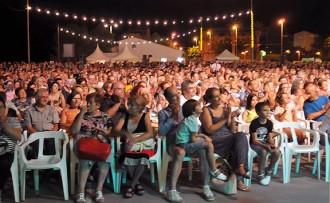 4.000 persones fan costat als Quicos en el seu esperat retorn a Amposta