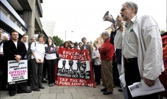 El laborisme busca retrobar-se amb la seva identitat