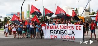 Treballadors d'Altrad-Rodisola tallen la carretera de València