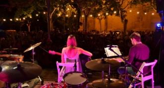 Ambient íntim i càlid a la Seu amb els concerts d'Anaïs Vila i Beth