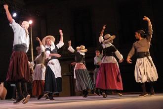 L'Esbart Manresà dedica la seva actuació a Vicenç Orriols