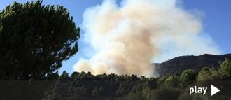 L'incendi forestal entre Cornudella i la Morera de Montsant ja ha afectat 35 hectàrees
