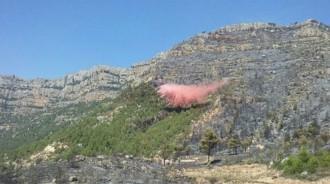 Vés a: Controlat l'incendi forestal entre Cornudella i la Morera de Montsant després de cremar més de 30 hectàrees