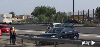 Accident múltiple entre tres turismes a la C-14 a l'altura de Reus