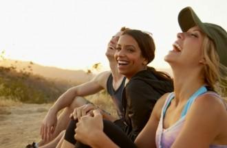 TOP 10: Països on els seus habitants expressen més emocions positives en un dia!