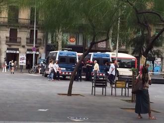 Vés a: Barcelona augmenta la presència policial al centre després dels incidents d'aquest dijous