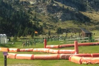 L'exèrcit instal·la un campament a Núria i hissa la bandera espanyola