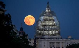 Les millors imatges i vídeos de l'eclipsi de Superlluna vermella