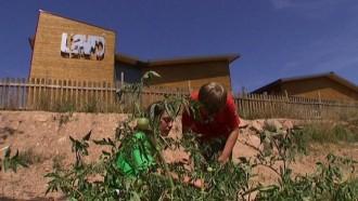 La granja escola L'Auró de Llanera, a TV3