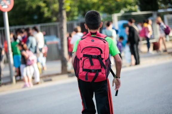 Les famílies gastaran més de 1.200 euros per fill en el proper curs escolar