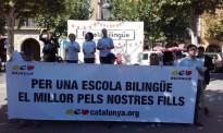 Concentració a Balaguer contra l'assetjament i a favor d'una escola bilingüe