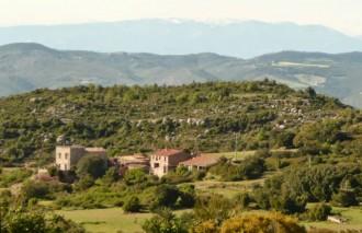 Un poble del Bages es ven per dos milions d'euros
