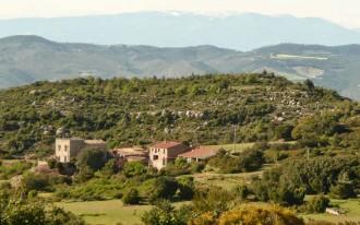 Vés a: Un poblet del Bages, a la venda per dos milions d'euros
