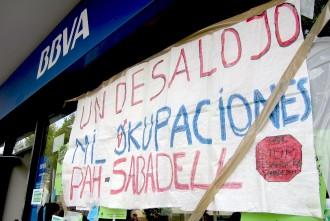 Vés a: L'Ajuntament de Sabadell exigeix al BBVA que aturi els desnonaments