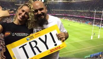 Vés a: Un parella de Terrassa es promet en ple partit del Mundial de Rugbi