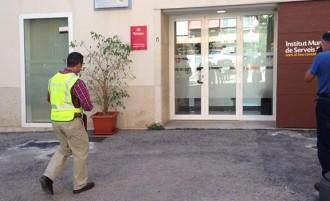 Vés a: La Guàrdia Civil escorcolla l'oficina de Serveis Socials de Tarragona
