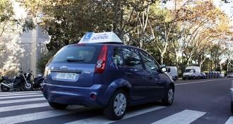 Més de 650 alumnes esperen l'examen de conduir per la vaga d'examinadors
