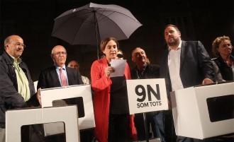 EN DIRECTE El suport a Mas, Rigau i Ortega pel 9-N arriba a les places del país