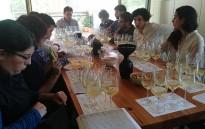 Quatre cellers de la Ribera d'Ebre s'unixen per produir i comercialitzar un vi blanc jove