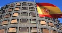 El Constitucional suspèn la declaració independentista i adverteix Mas i Forcadell