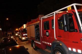 Un incendi crema la cuina d'un pis a Valls