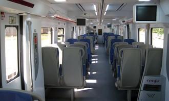 Dilluns arriben dos dels divuit trens que Vila es va comprometre a renovar