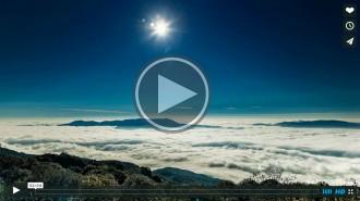 Un espectacular viatge a través dels núvols del Montseny