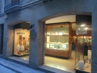 Cal Rendé, 151 anys de comerç solsoní abaixen la persiana