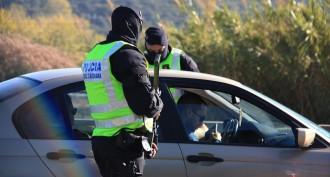 Els sindicats dels Mossos demanen més armes llargues per combatre el jihadisme