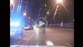 Acusat un policia de Chicago de matar un adolescent afroamericà amb 16 trets