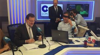 EN DIRECTE Rajoy s'estrena com a comentarista de futbol a la COPE