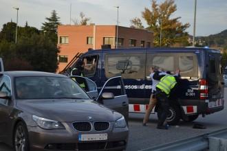Els Mossos d'Esquadra fan un control anti-jihadista a la C-16