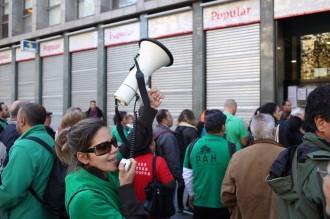 La PAH exigeix als bancs l'aplicació de la llei contra els desnonaments