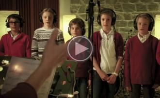 Vés a: Macedònia presenta nadala i un disc en format de capsa-regal
