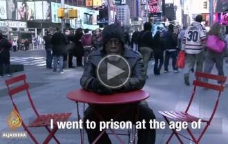 VÍDEO Un home descobreix la tecnologia després de 44 anys a la presó